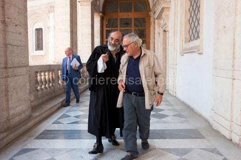 Mimmo-Paladino-e-Alessandro-Haber-sul-set-di-Labyrinthus-2---ph-Pasquale-Palmieri