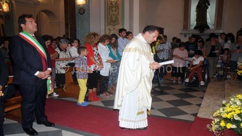 don enrico nel corso della cerimonia
