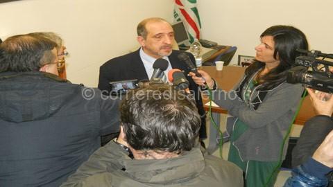 Pietro-Antonacchio-con-i-giornalisti-