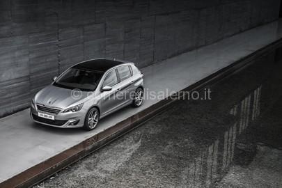 Nuovca Peugeot 308 1