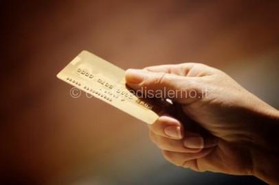 come-usare-la-carta-di-credito-allestero-i-co-L-SVqhSJ