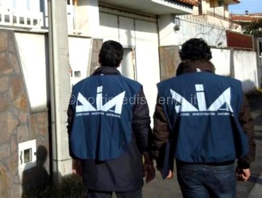 Estorsioni nel nome dei Loreto Ridosso a Scafati: nei guai 4 persone